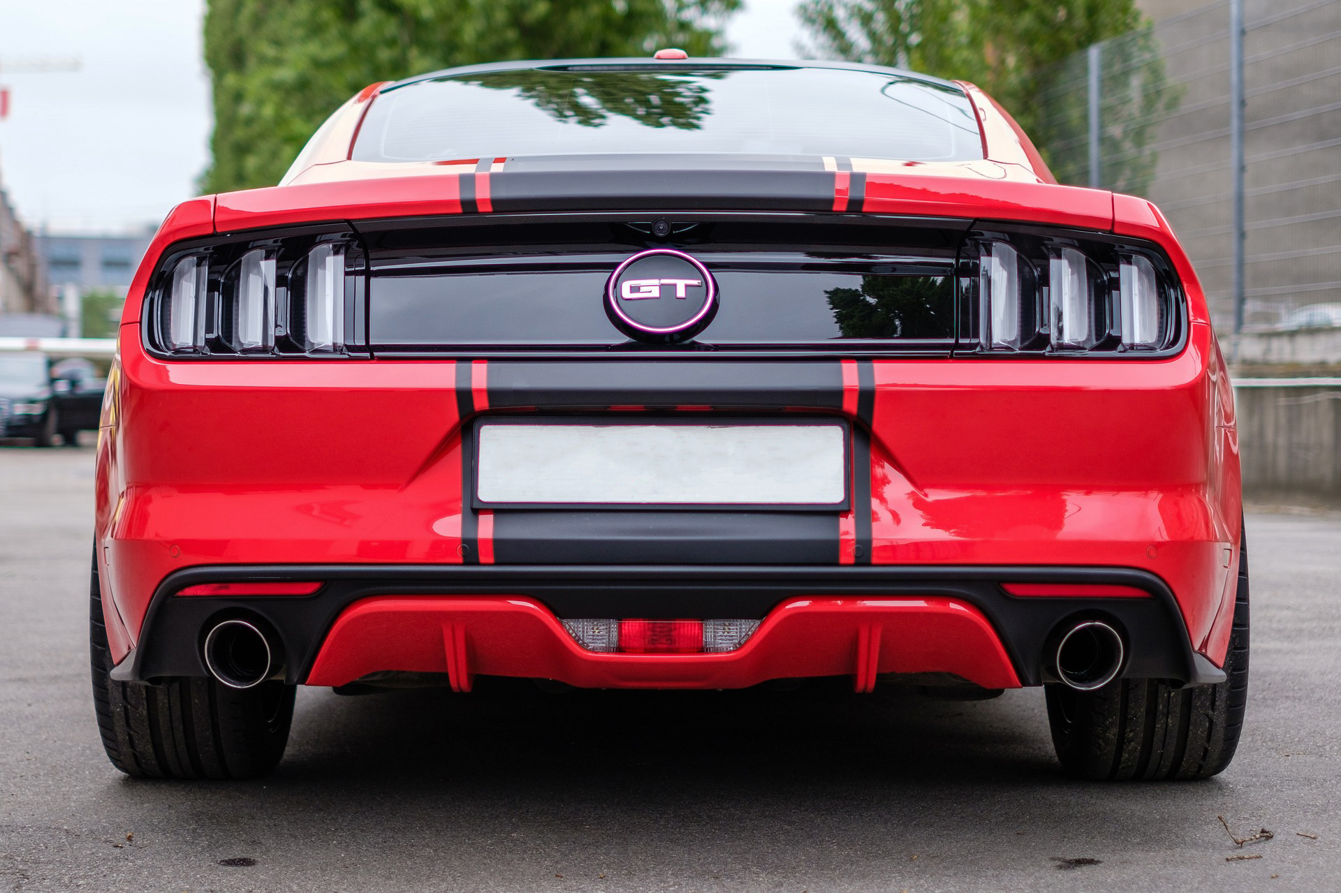 Ford Mustang GT 2018 red